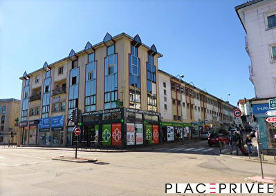 Local commercial Epinal 1/4