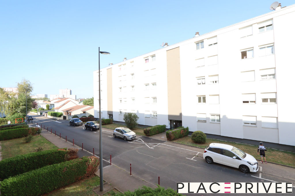 APPARTEMENT 3 PIECES 65M² AVEC BALCON ET PLACE DE PARKING A ESSEY-LES-NANCY