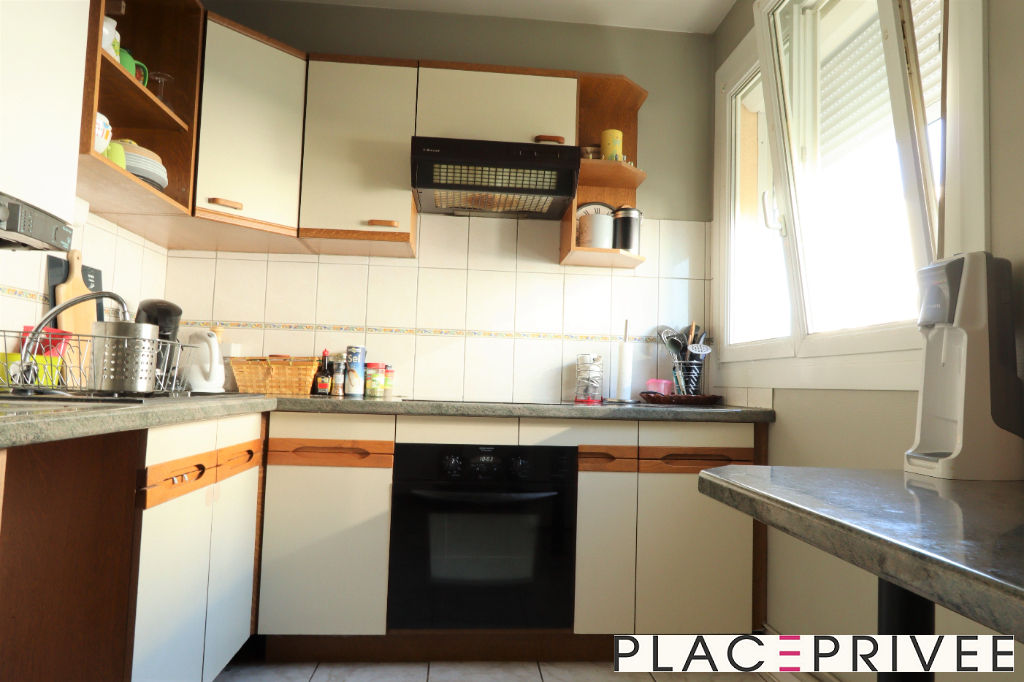 APPARTEMENT 3 PIECES 65M² AVEC BALCON ET PLACE DE PARKING A ESSEY-LES-NANCY 3/5